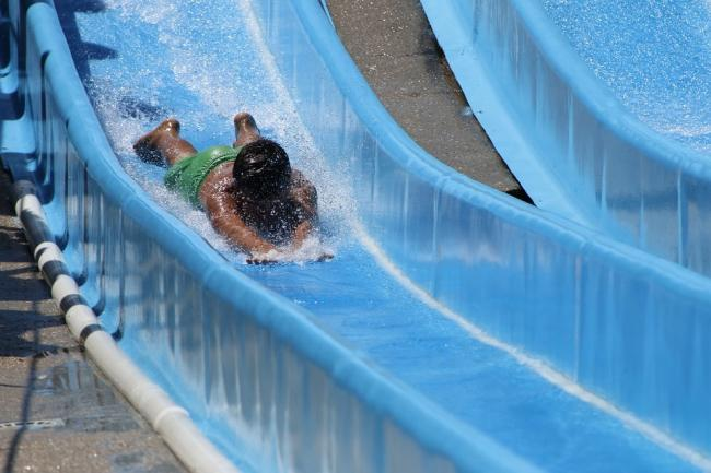 Spinal surgeon in warning to holidaymakers over water slide dangers