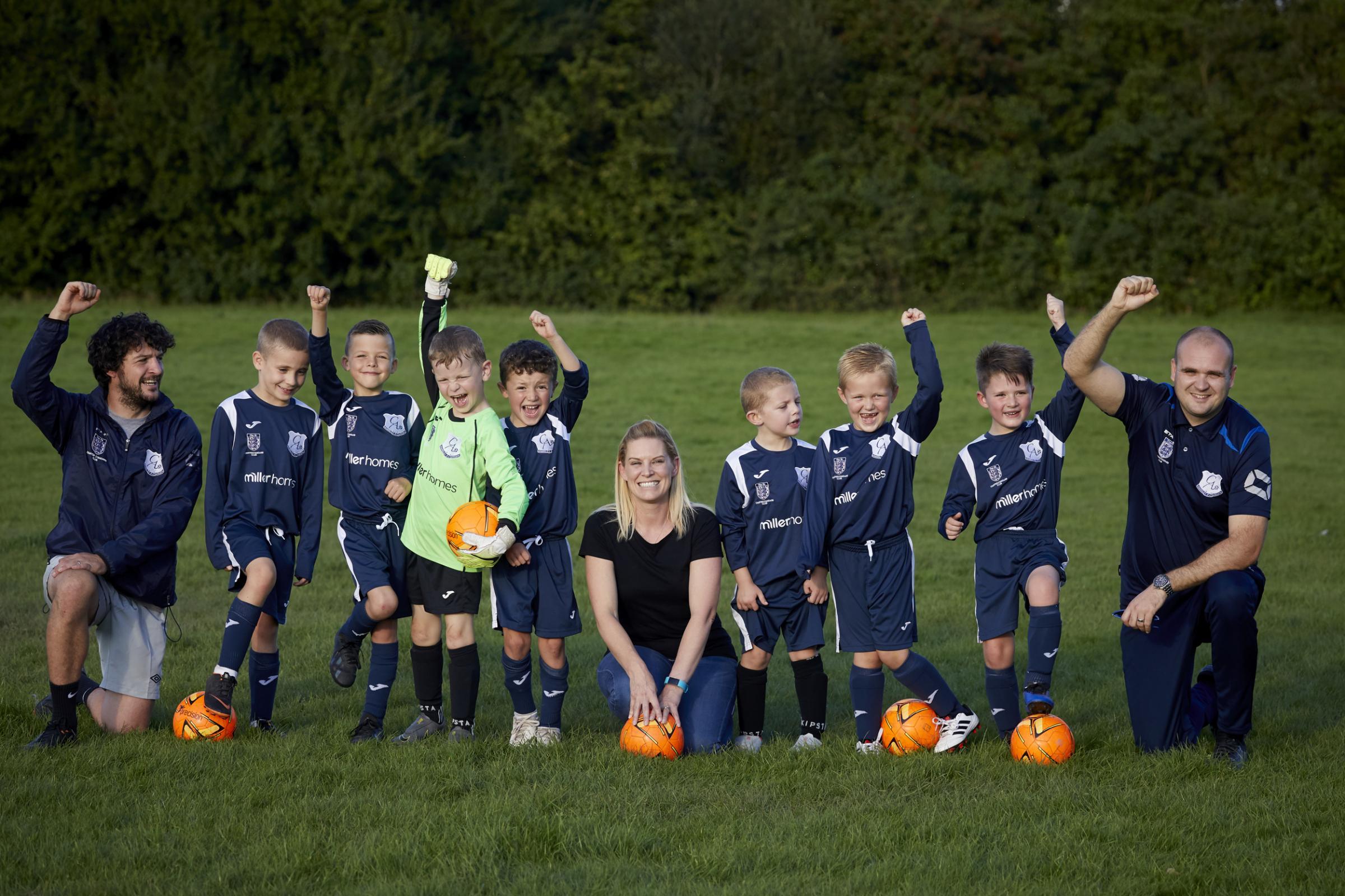 Miller Homes sponsor Cromwell under sevens' kits