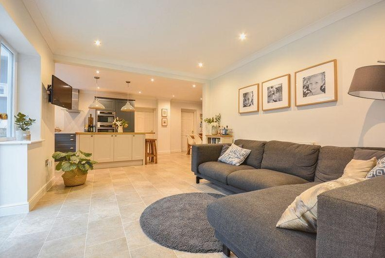 New luxury £650k home on sale in Thelwall
