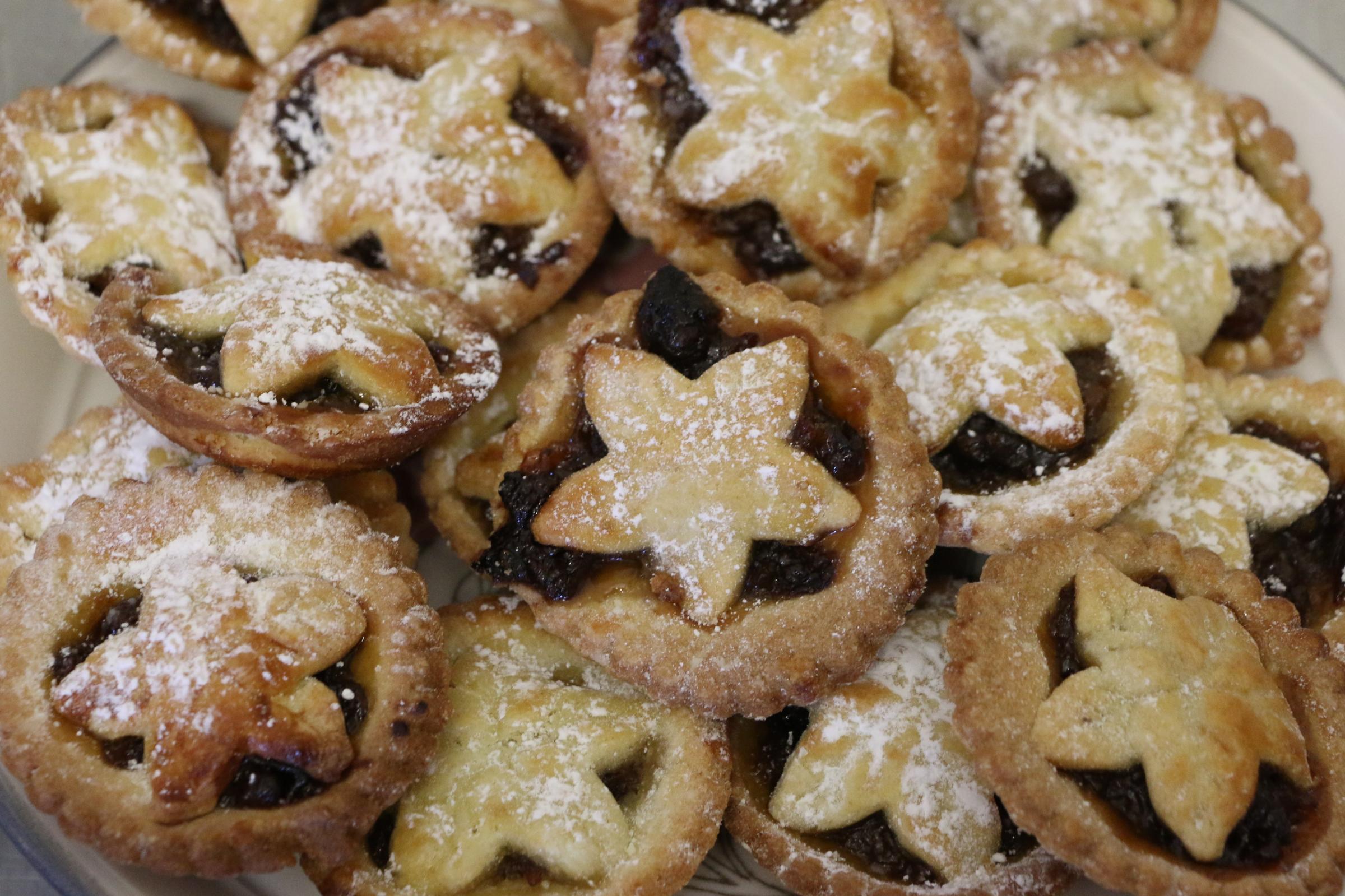 Christmas fairs and festive shopping in Warrington
