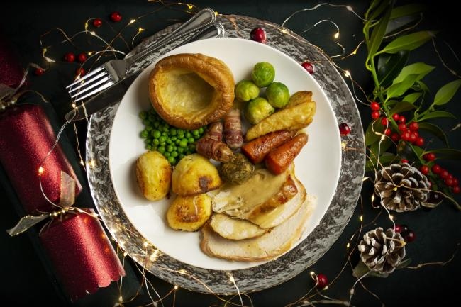 Survey finds perfect Christmas Dinner...and reckons half of us will have mashed potato