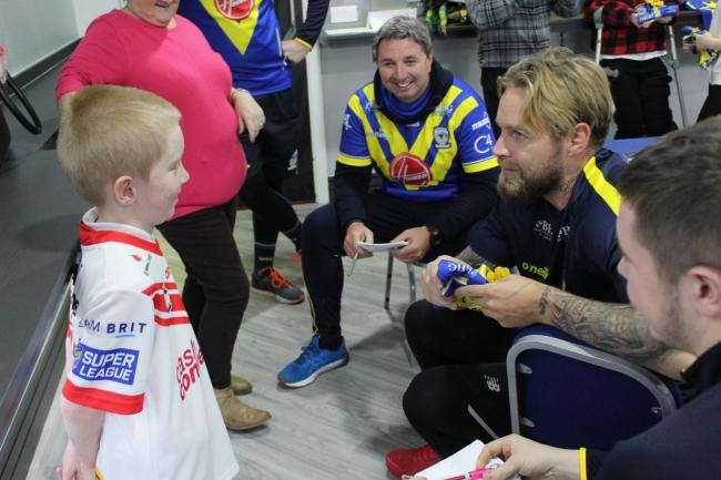 Warrington Wolves out and about on their 36-hour Christmas community challenge 2019. Picture: Warrington Wolves