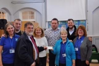 A cheque of £800 was given to the Forget-Me-Not Cafe in Penketh