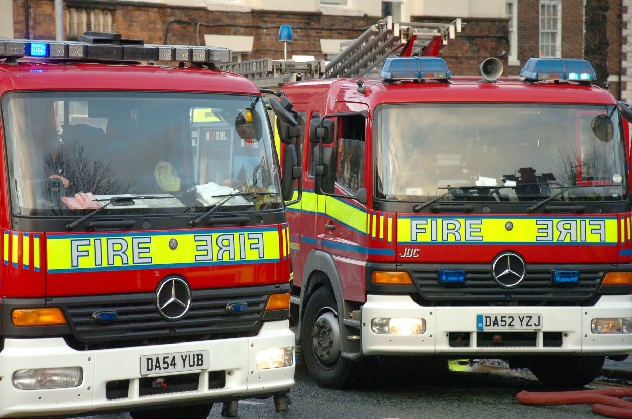 Abandoned car set on fire in Winwick