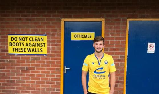 Charlie Munro joins Warrington Town from Ashton Athletic