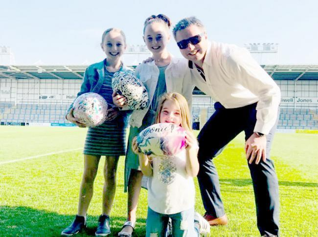 Steve Price and his daughters back in 2018. Picture: Mike Boden