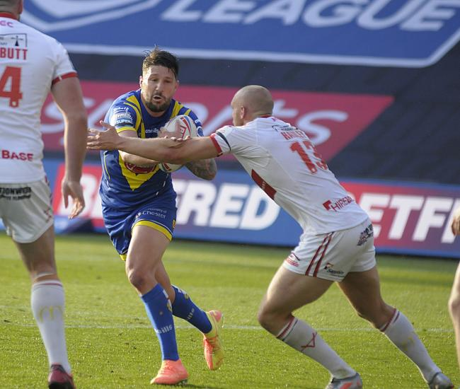 Gareth Widdop in action against Hull KR on Saturday. Picture by Mike Boden