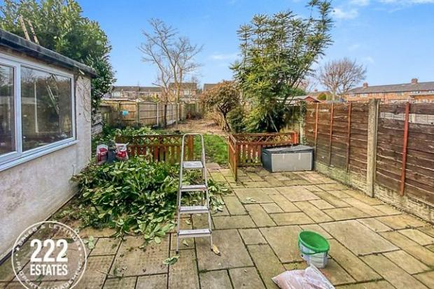 Warrington Guardian: Bruce Avenue has a long garden (Photo: Zoopla)