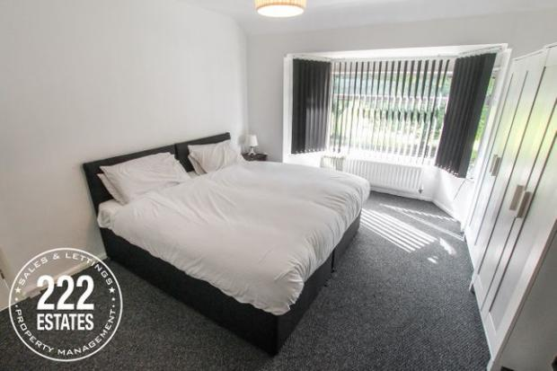 Warrington Guardian: A bedroom in the Winwick Road property (Photo: Zoopla)