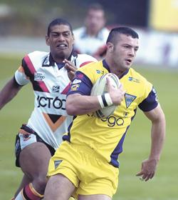 Warrington Guardian: Chris Bridge was chief tormentor on his return to Odsal in May 2005