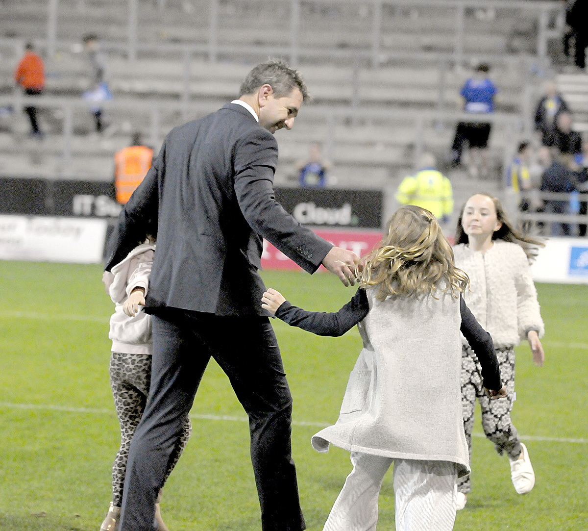 Steve Price with his three daughters - Sienna, Savannah and Sharni