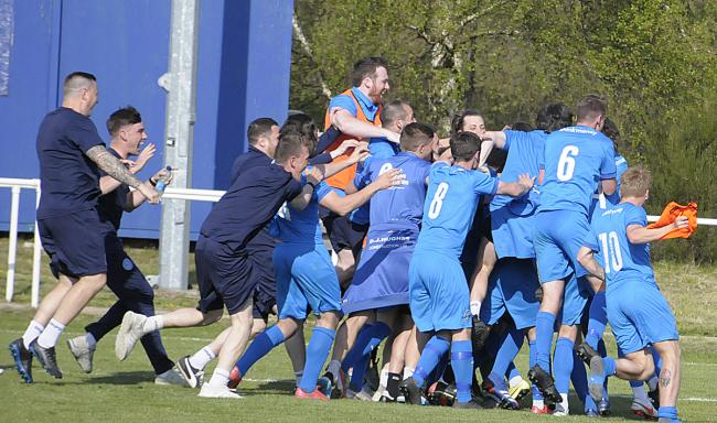 Warrington Rylands celebrate after beating West Auckland Town on penalties. Picture by Mike Boden