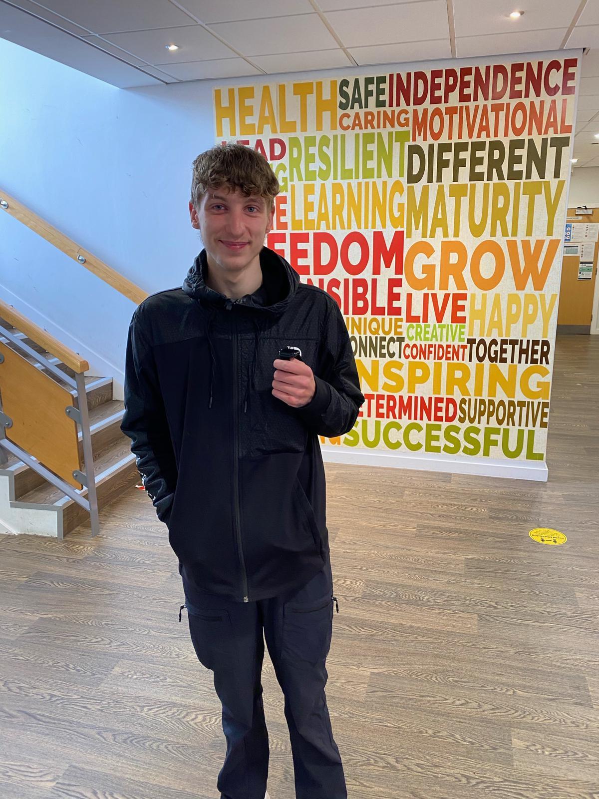 Jovens a pé de Manchester a Sydney para aumentar a conscientização sobre a saúde mental