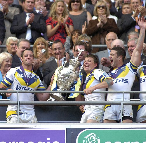 2009, SUPER LEAGUE XIV: Wolves end trophy drought