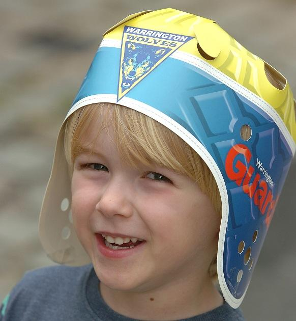 Get your free Warrington Wolves scrum cap for Old Trafford
