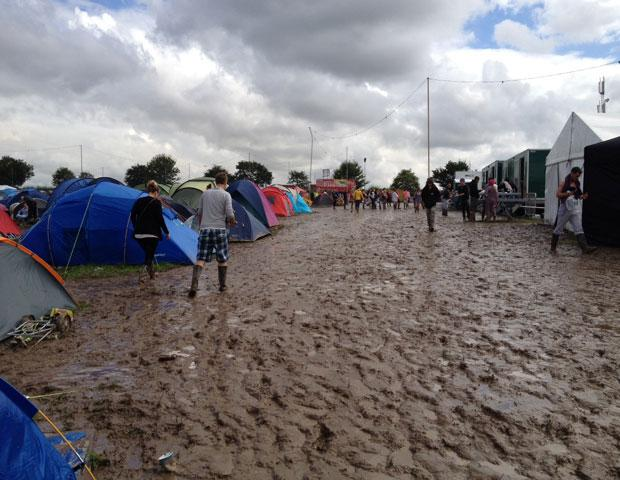 Neighbours complain over Creamfields site