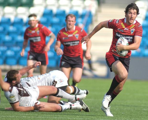 Stefan Ratchford gave Widnes problems until he was forced off at half time with an injury. Pictures by Mike Boden