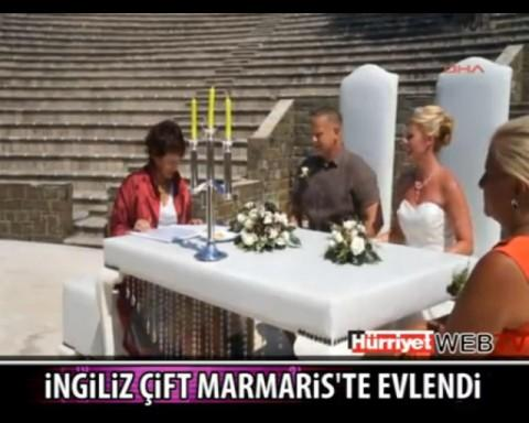 A report on the couple's wedding featured on the 9pm news on Turkish television
