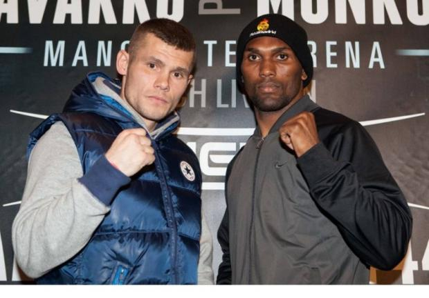 Martin Murray squares up with Saturday's opponent Jorge Navarro. Pictures by Mark Robinson/ Hatton Promotions