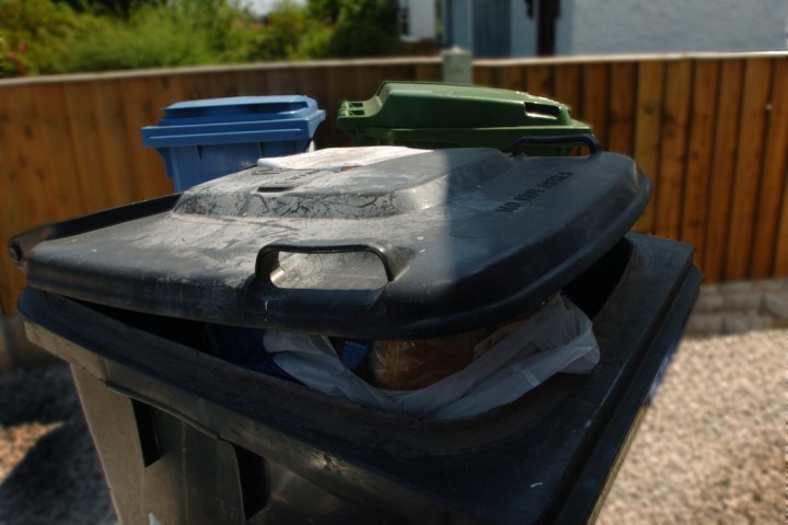 Warrington Councillors approve fortnightly black bin collections
