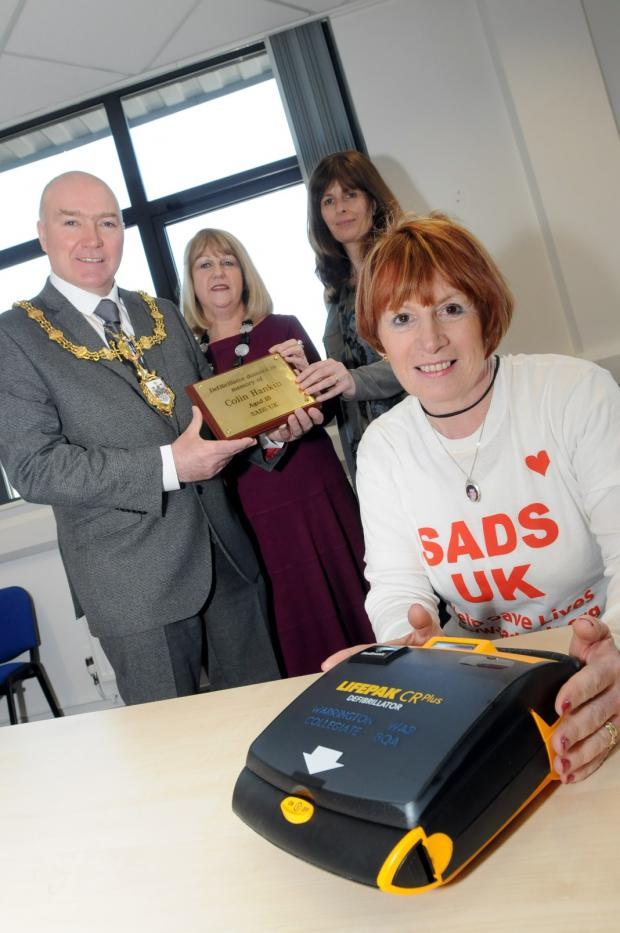 Friends raise cash for defib in honour of tragic Colin