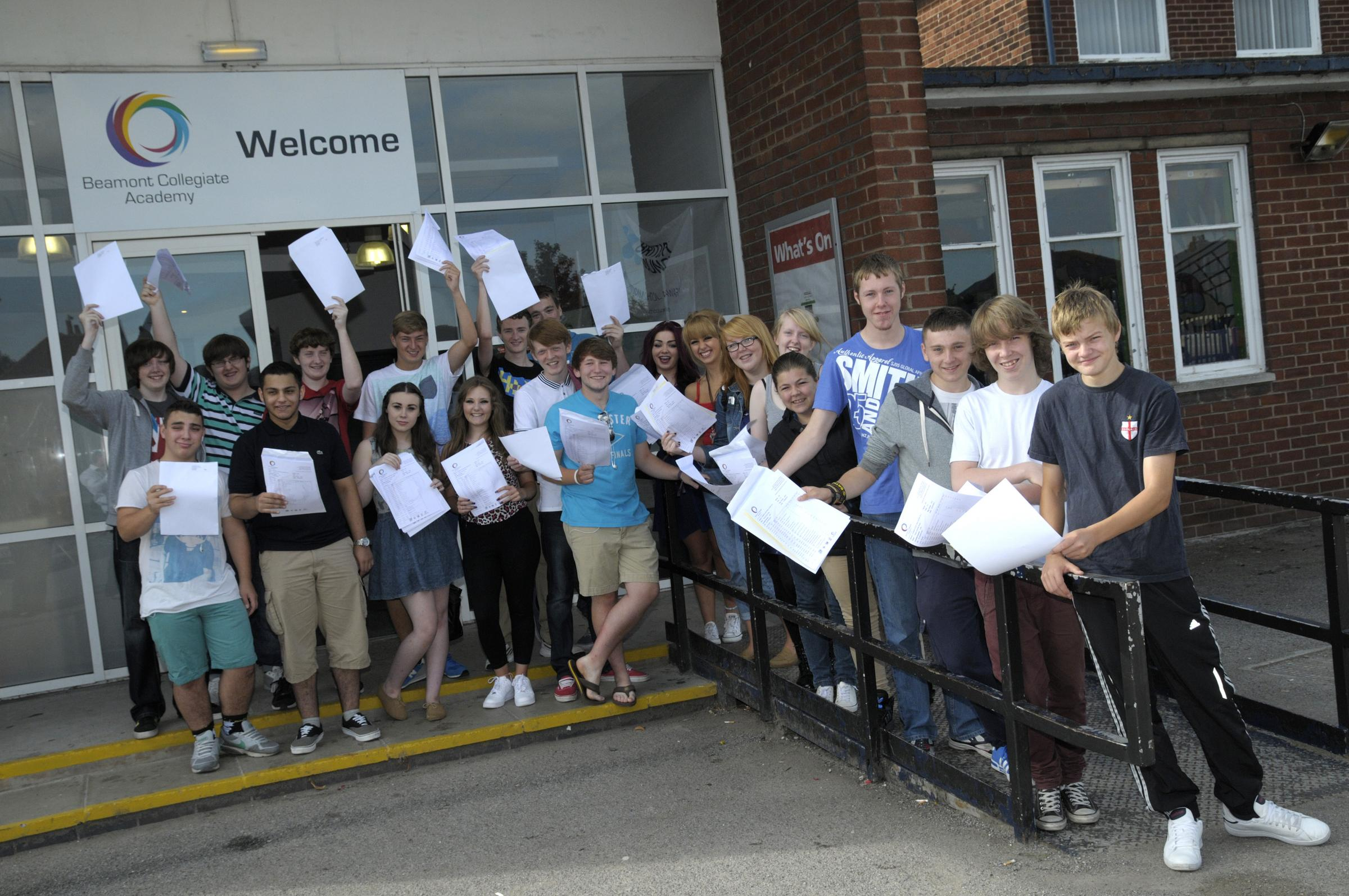 Warrington gcse results live blog warrington guardian aiddatafo Choice Image