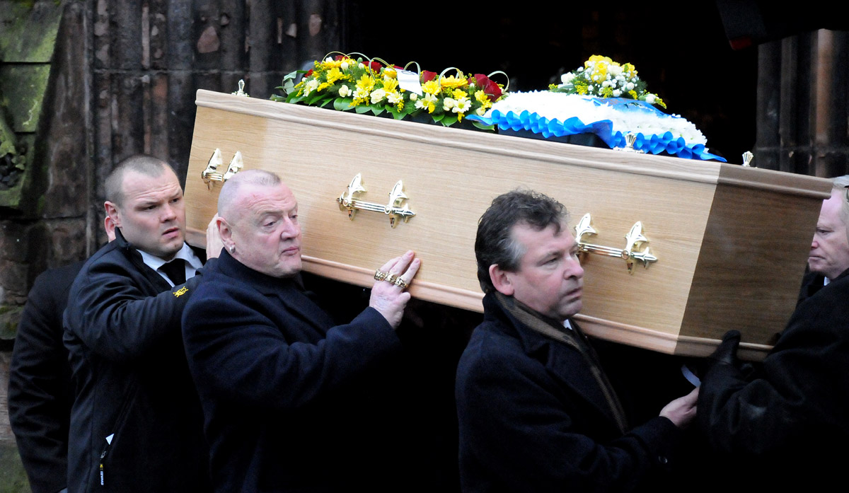 PICTURES: Guard of honour as mourners say farewell to Roy 'Ockher' Aspinall