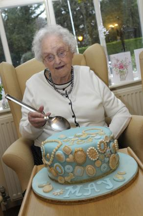 Great gran celebrates her 102nd birthday in Grappenhall