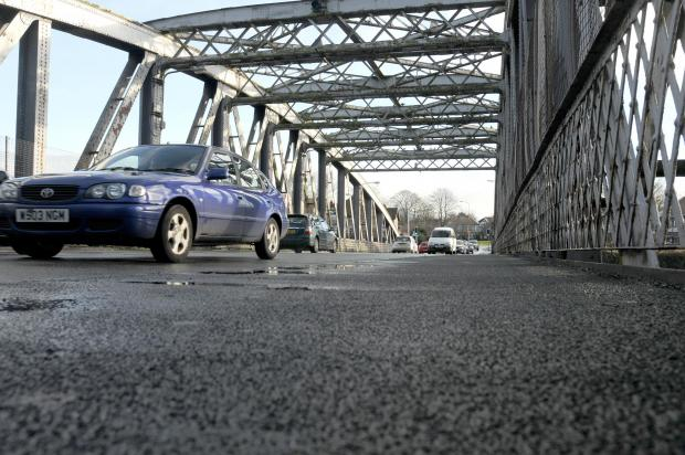 Swing bridge problems cause 'mayhem' in Warrington