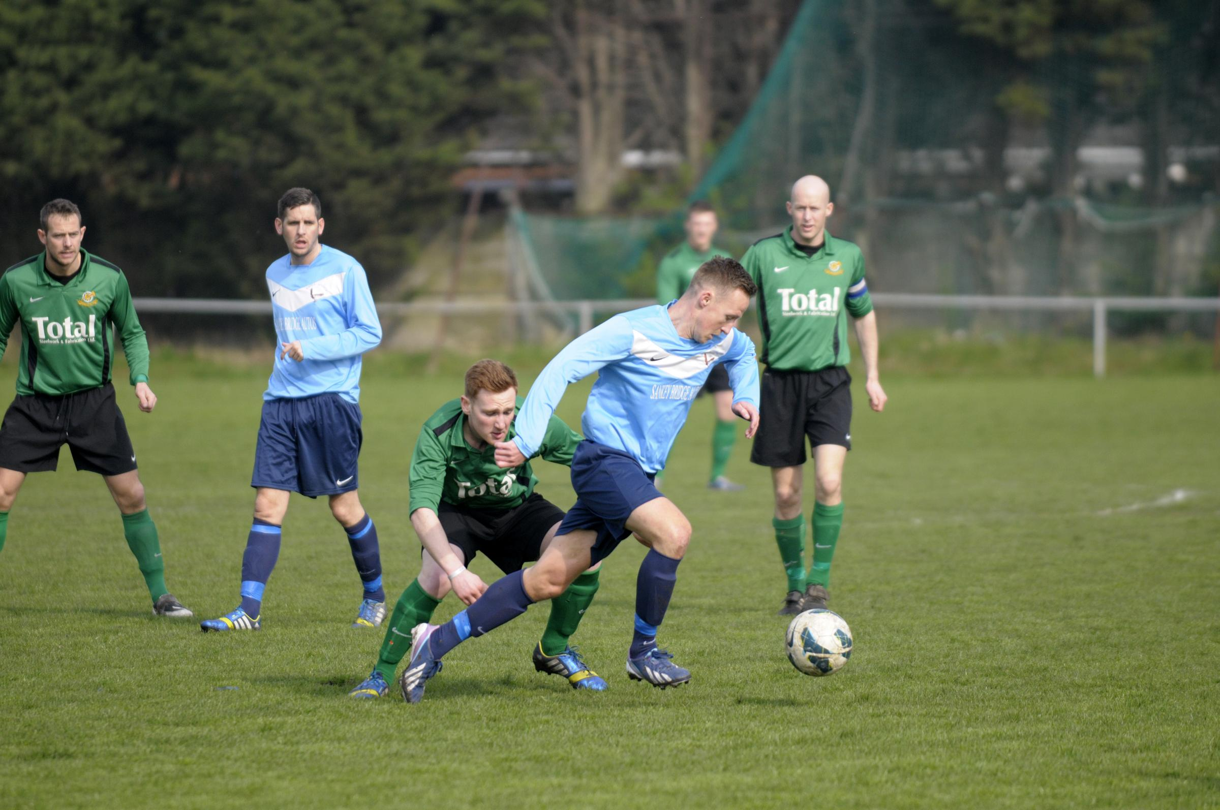 Greenalls look to defend trophy