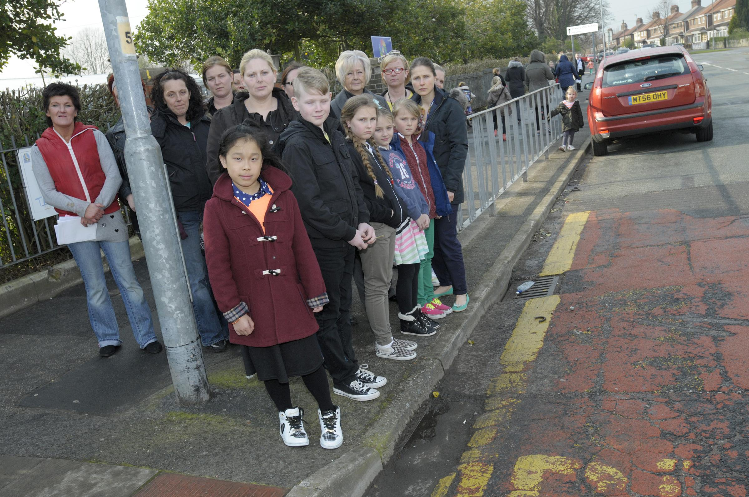 School children call for Lodge Lane to be made safer