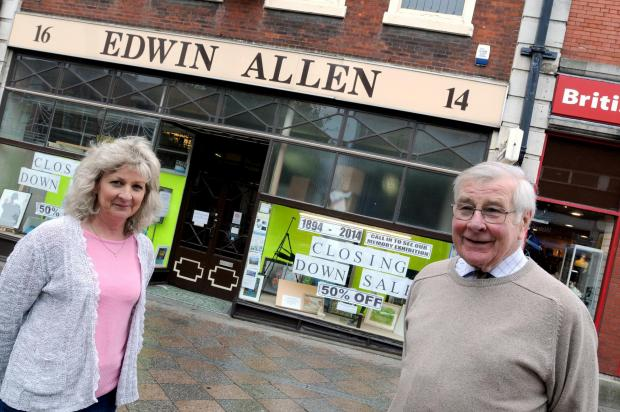 Warrington Guardian: Mike Allen with Kathryn Thomas