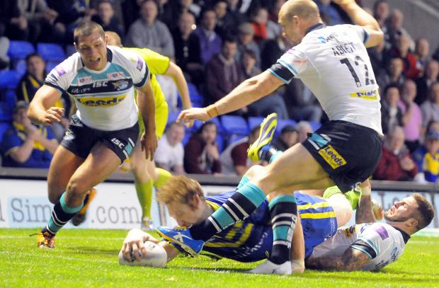 Warrington Guardian: Joel Monaghan scores and suffers concussion
