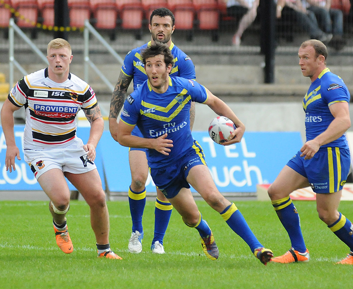 Stefan Ratchford looking for a gap against Bradford. Picture by Mike Boden