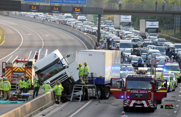UPDATED WITH PICS: Crash closes both carriageways of the M62 at Birchwood