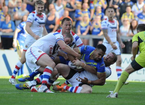 FULL TIME, PICTURES ADDED: Warrington Wolves 26 Wakefield Trinity Wildcats 40