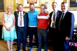 VIDEO: Wirral golfer gets civic approval