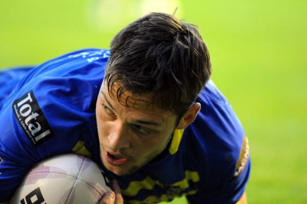FULL TIME, PICTURES ADDED: Warrington Wolves 48 Castleford Tigers 10
