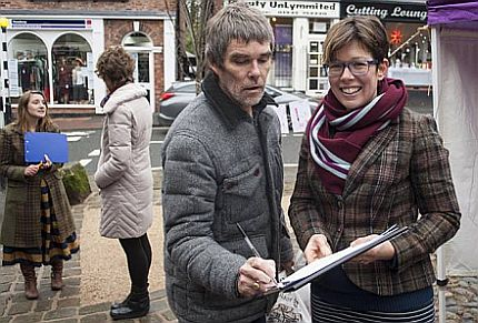 The Stone Roses frontman Ian Brown signs the 'Don't Bomb Syria' petition in Lymm