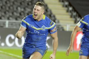 Tom Lineham celebrates a try on the last visit to the KCOM Stadium. Picture by Mike Boden