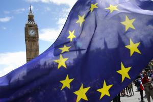 EU referendum campaigns spending probed by watchdog