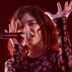 Warrington Guardian: Lorde received a swearing warning ahead of her Glastonbury set