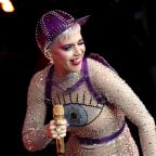 Warrington Guardian: Katy Perry joins crowd at Glastonbury