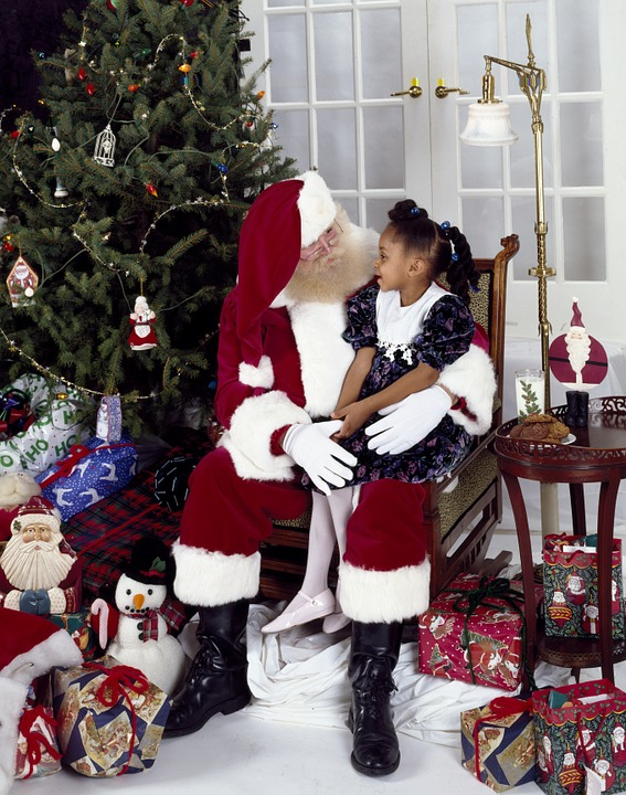 5 places for your family to meet Father Christmas