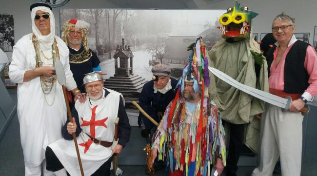 The Mummers at the centre