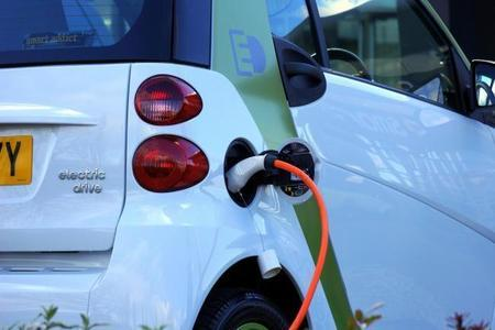 LETTER: 'Why does Warrington have so few charging points for electric cars?'