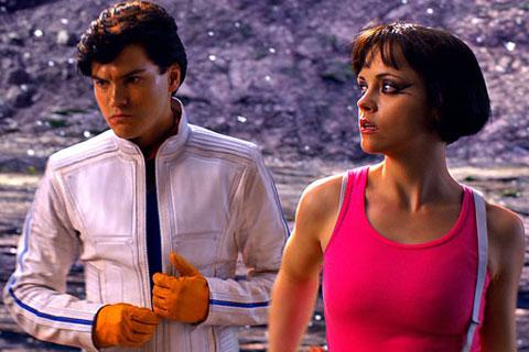 Speed Racer (Emile Hirsch) and his supportive girlfriend Trixie (Christina Ricci)