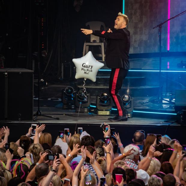 Review: Gary Barlow shines at Delamere Forest | Warrington