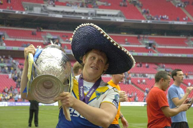 Ben Westwood with the Challenge Cup trophy after Warrington Wolves' 2010 win at Wembley.