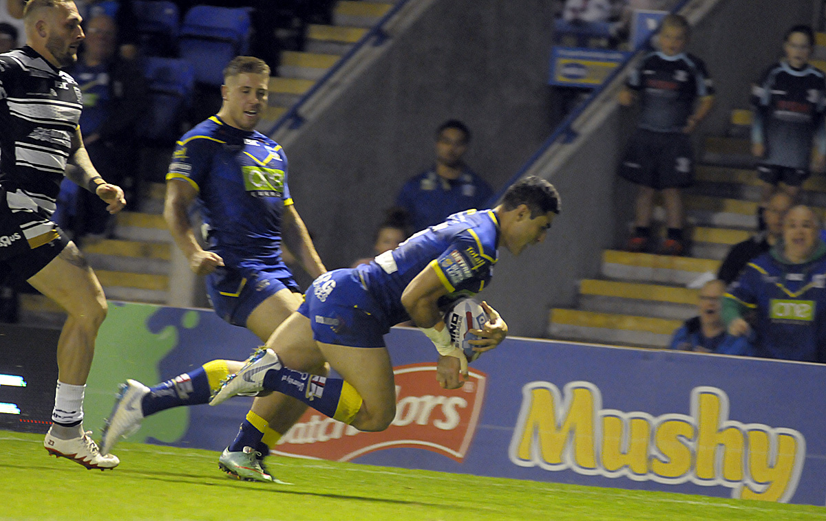 One of five tries for Bryson Goodwin. Picture by Mike Boden